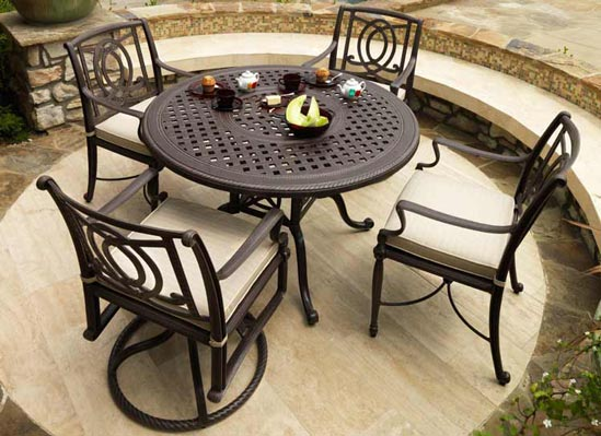 Bel Air Outdoor Dining Table