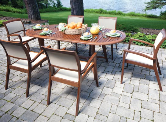 Jensen Leisure Topaz Oval With Stacking Chair
