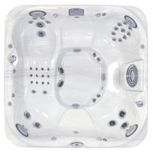 J-375 - Hot Tub with 6 Adult Capacity